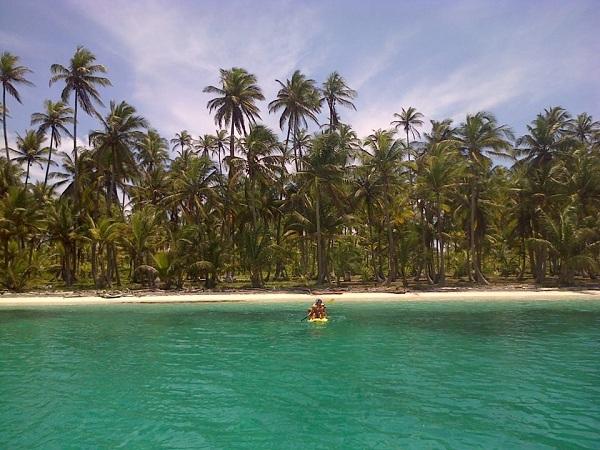 Beneteau 38 - san blas island