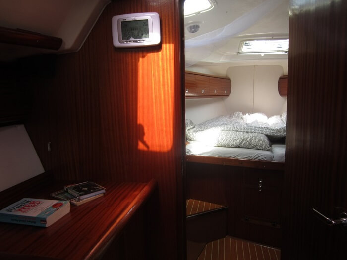 Front Cabin 1