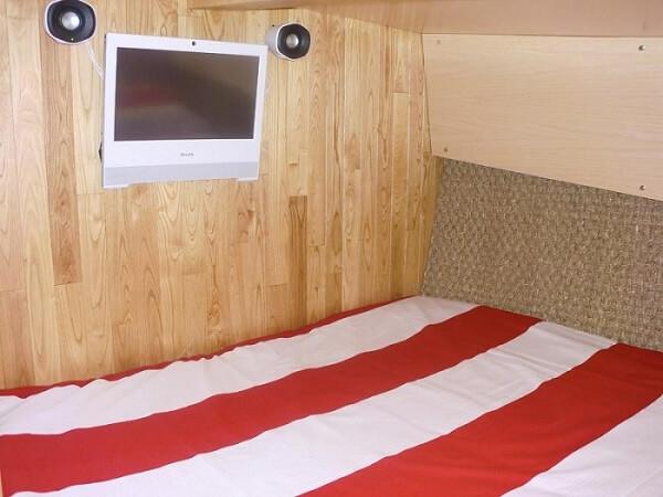 WOODEN SCHOONER - double cabin 2
