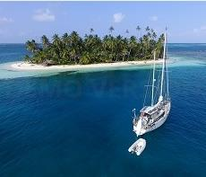 san blas sailing on a monohull