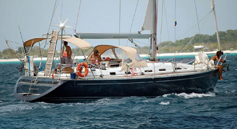 COMET_50_Carriacou sailing charter in San Blas