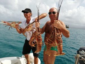 LOBSTERS in San Blas - Lagoon 47 MONOI